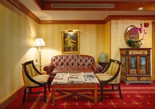 The Room of the Hotel Elysee New York by Library Hotel Collection has an array of newspapers to offer to our guests every day of the week.