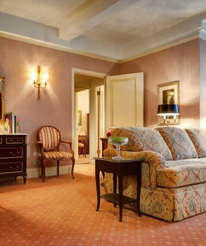 The living room of the Grand King suite has a pull out sofa bed that opens to a queen size mattress.  Perfect for families with up to 2 small children.
