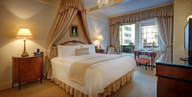 The bedroom of the Presidential Suite honoring Vladimir Horowitz has an outdoor terrace attached.