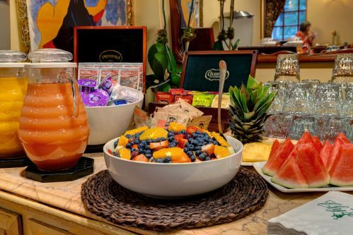 Continental Breakfast at the Hotel Elysee