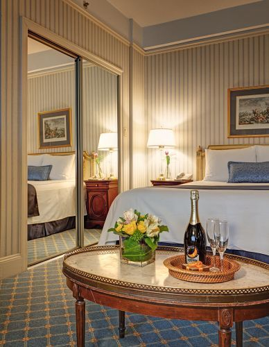 At the Hotel Elysee the Deluxe Accessible Queen Rooms measure approximately 300 square feet!